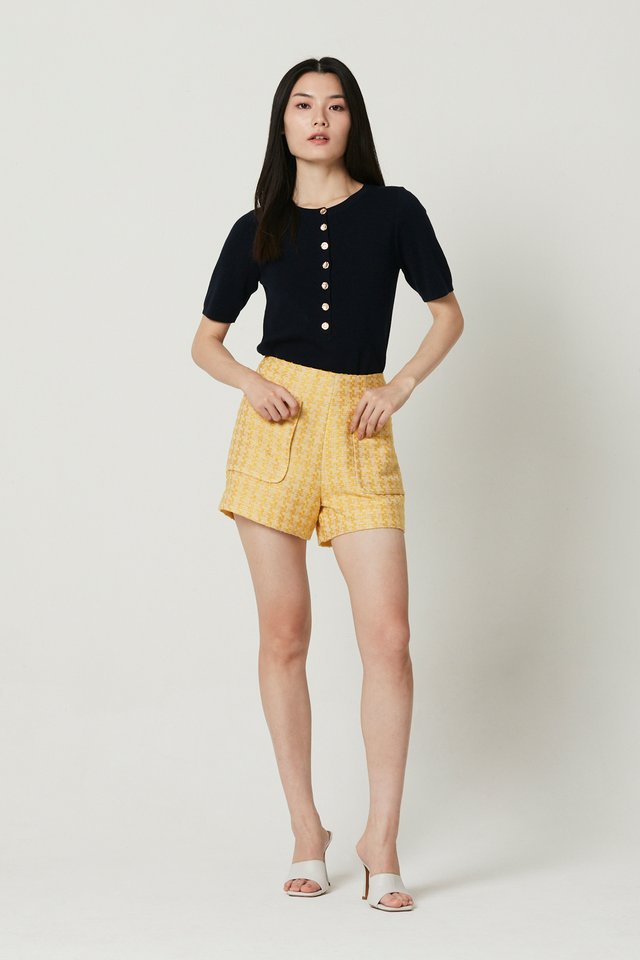 BUTTON FRONT TOP