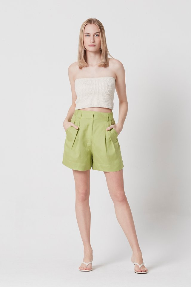 BOX PLEAT SHORTS